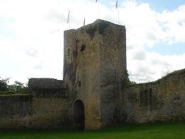 13世紀にエドワード2世の命で建てられたピヴァ家の城