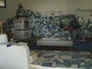 青いタイル張りのキッチン